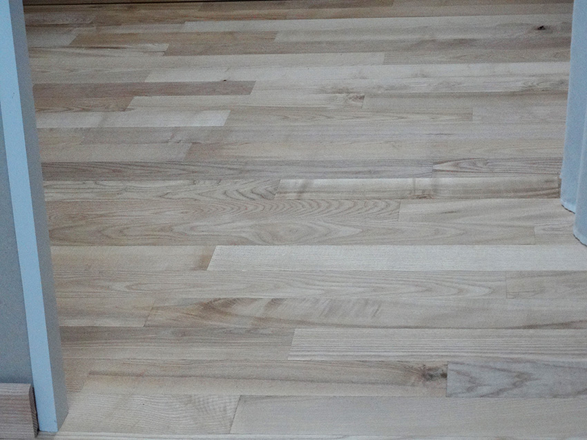 Vernis bois naturel incolore satiné pour parquet 2,5L pour 30m2