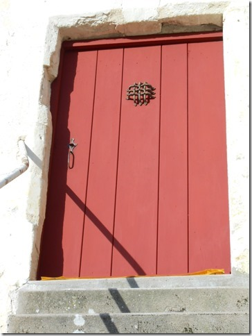 peinture-naturelle-a-locre-sylvacolore-rouge-porte