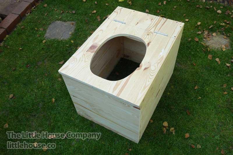 Toilette seche privy separett-structure