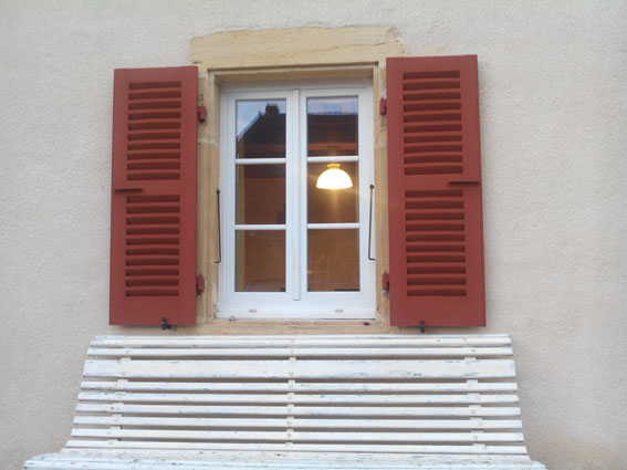 La-maison-de-lecologie-peinture-naturelle-pigment-rouge-pozzuoli