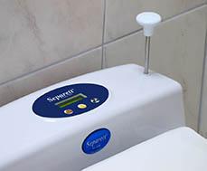 Toilette-seche-a-combustion-Flame-Separett-cendrier